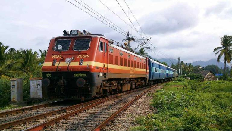 WAP 4 Class locomotive of Indian Railways 770x435 1