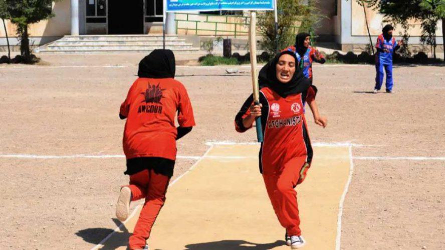 women cricket scaled